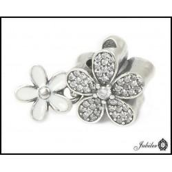 Srebrna zawieszka - charms - dwa kwiatki (1380034825)