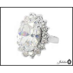 Silver ring decorated with cubic zirconia (27771)