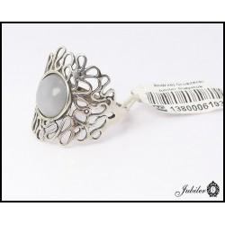 Srebrny pierścionek zdobiony kocim okiem (06193)