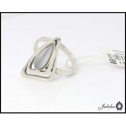 Srebrny pierścionek zdobiony kocim okiem (04756))