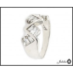 Silver ring with cubic zirconia (27789)