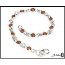 Srebrny pierścionek zdobiony cyrkoniami (1380037908)
