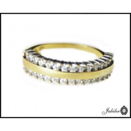 Złoty pierścionek wysadzany cyrkoniami p 333 roz.14 8372651728