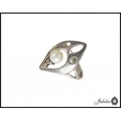 Srebrny pierścionek z perłą 925 8435113288