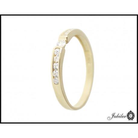 Piękny złoty pierścionek zdobiony cyrkoniami p 585 8605722725