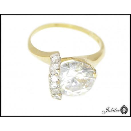 Piękny złoty pierścionek zdobiony cyrkoniami p 333 8749820939