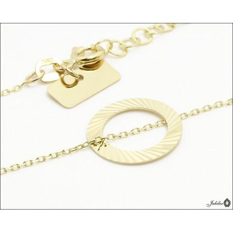 Złoty naszyjnik celebrytka - ring zdobiony diamentowaniem
